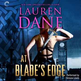At Blade's Edge: Goddess With a Blade, Lauren Dane